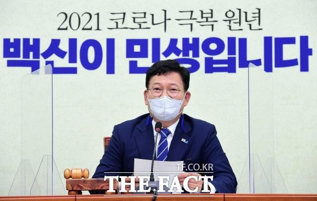 송영길 더불어민주당 대표가 9일 국회에서 열린 최고위원회의에서 모두발언을 하고 있다. /이선화 기자