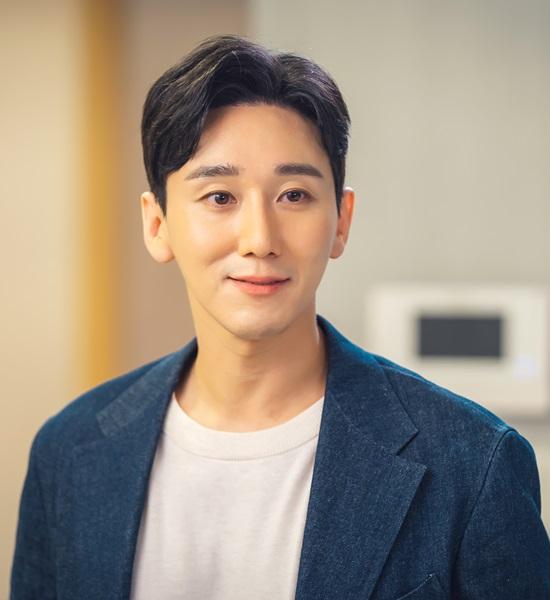 서도진은 KBS2 주말극 오케이 광자매에서 로맨틱하다가도 냉철한 사기꾼 면모를 보이는 등 상황에 따라 앞뒤가 달라지는 다채로운 캐릭터로 극의 긴장감을 높인다. /오케이 광자매 제공