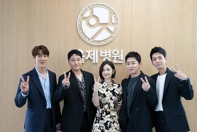 슬의생2는 시즌 1 보다 한층 더 깊어지고 따뜻해진 이야기를 전할 전망이다. /tvN 제공