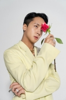 라비, 美 아이튠즈 힙합 차트 30위…글로벌 성적 ing