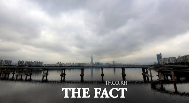 [오늘의 날씨] 전국 대체로 흐림, 낮 기온 25도 안팎