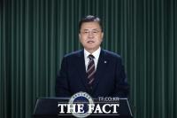 文대통령, 한국 대통령 최초 ILO 연설…'포용적 일자리 회복' 강조