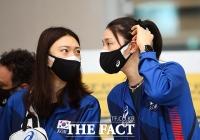 '도쿄 올림픽까지 한달'...막바지 훈련 위해 귀국한 여자배구대표팀 [TF사진관]