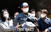 '룸살롱 의혹' 검사
