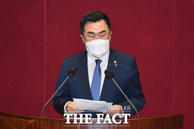 소병철 더불어민주당 의원이 여수·순천 10·19 사건 진상규명 및 희생자 명예회복에 관한 특별법안에 대해 토론을 하고 있다.