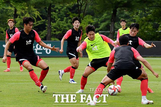 올림픽 축구 대표팀 이강인이 2일 오후 경기도 파주NFC(축구국가대표 트레이닝센터)에서 훈련을 하고 있다. /파주=이선화 기자