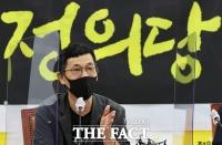 '직설청취, 2022년 대선과 정의당'…초청 강연하는 진중권 [TF사진관]
