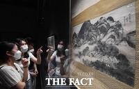 '베일 벗은' 이건희 컬렉션, '정선·김홍도에서 김환기·이중섭 까지' [TF사진관]