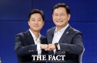 '송영길 vs 이준석'의 화끈한 토론배틀, 흥미진진 '송이 대첩' [TF사진관]