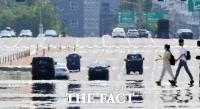 역대급 '폭염' 여야, 탈원전 공방…기후위기 대응은 뒷전