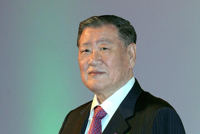 정몽구 현대차그룹 명예회장이 한국인 최초로 글로벌 자동차 산업 최고 권위의 자동차 명예의 전당에 헌액됐다. /현대차그룹 제공