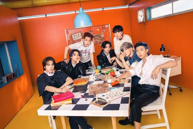 그룹 방탄소년단이 SBS 8뉴스에 출연해 그동안의 성과와 대통령 특사 등 앞으로 활동 계획을 전했다. /빅히트뮤직 제공