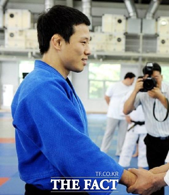 미성년 제자를 성폭행한 혐의로 구속기소된 전 유도 국가대표 선수 왕기춘(33) 씨에게 실형이 확정됐다./ 더팩트DB