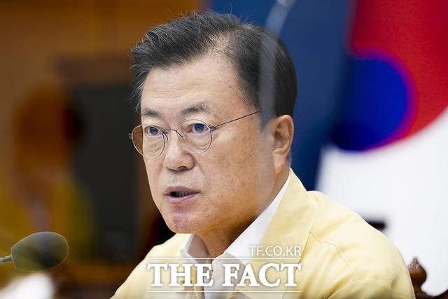 청와대는 지난 27일 대북전단 살포를 이유로 13개월 동안 단절됐던 남북 간 통신 연락선 일부를 복원했다고 발표했다. /청와대 제공