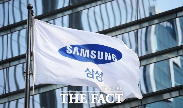삼성전자가 카카오와 한국은행의 중앙은행 디지털화폐 사업에 참여한다. /더팩트 DB