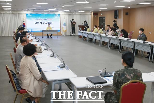 사천에어쇼추진위원회는 20일 임시총회를 열고 코로나19 상황을 고려해 '2021 사천에어쇼' 행사를 개최하지 않기로 최종 결정했다./사천시 제공