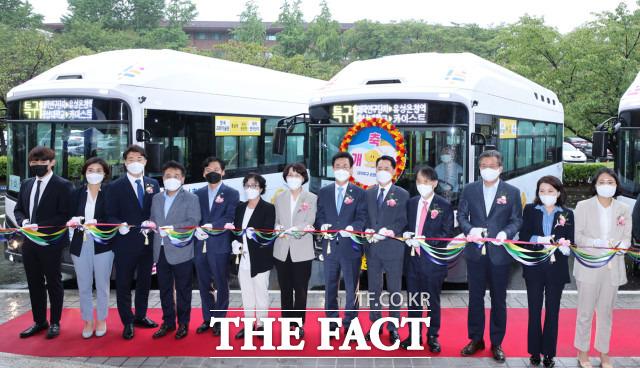 올레브 시범 운행 개통식이 23일 카이스트에서 열렸다 / 대전시 제공
