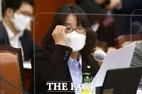 '위안부 비판 처벌법' 윤미향 공동발의 논란…野