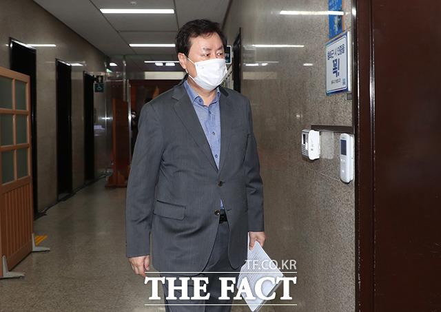 더불어민주당 소속 도종환 국회 문체위원장.