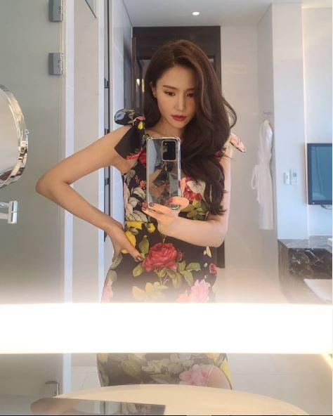 배우 공현주가 다음 달 6일 처음 방송되는 출연작 tvN 하이클래스를 홍보하며 근황을 알렸다. /공현주 인스타그램 캡처