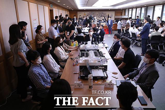 4.15총선 서울 영등포을에서 박용찬 미래통합당 (현 국민의힘) 후보는 4만 1537표(44.35%)를 얻어 4만 7075표(50.26%)를 얻은 김민석 더불어민주당 후보에게 5538표 차로 패한 바 있다.