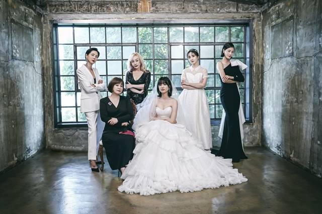 JTBC가 추석 파일럿 예능으로 예비 신부들을 위한 토크쇼, 브라이드X클럽을 편성한다고 밝혔다. /JTBC 제공