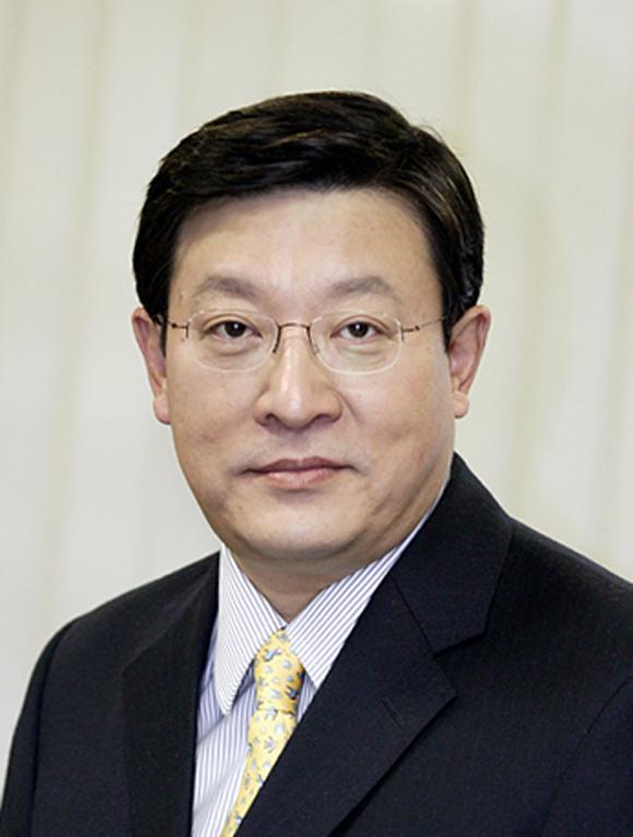'은둔형 CEO' 허태수, 경영 보폭 넓힌다…키워드 '신사업 발굴..