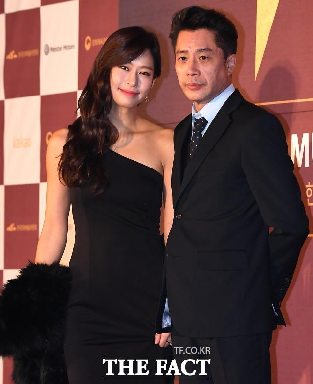 배우 정애연 김진근 부부가 결혼 12년 만에 합의 이혼했다. 양육권은 김진근이 갖기로 결정했다. /더팩트 DB