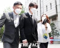 '마약 파문' 비아이, 선고 공판 출석 [TF사진관]