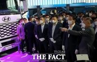 [TF비즈토크<상>] 정의선·최태원·조현상·김동관 공통점은 '삼성폰 현대차!'
