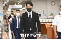 '프로포폴 투약 혐의' 하정우, 1심 선고공판 출석 [포토]