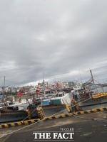 태풍 찬투, 제주 최대 300㎜ 물폭탄...폭우와 강풍 동반