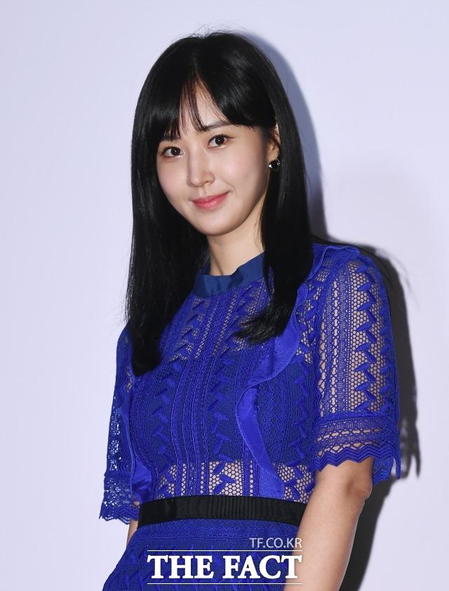 가수 겸 배우 권유리가 차기작으로 독립영화를 선택했다. 그는 돌핀으로 또다른 변신을 보여줄 예정이다. /더팩트 DB