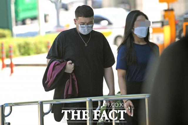 대마초를 소지하고 흡연한 혐의를 받는 래퍼 킬라그램(본명 이준희·29)가 1심에서 집행유예를 선고받았다. /남윤호 기자