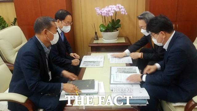 전북 임실군은 주요 중점사업이 정부예산에 최종 반영되면서 추석 명절이 끝난 후에도 국회 단계에서 국가 예산을 최대한 확보하기 위해 모든 행정력을 총동원할 계획이라고 밝혔다. /임실군 제공