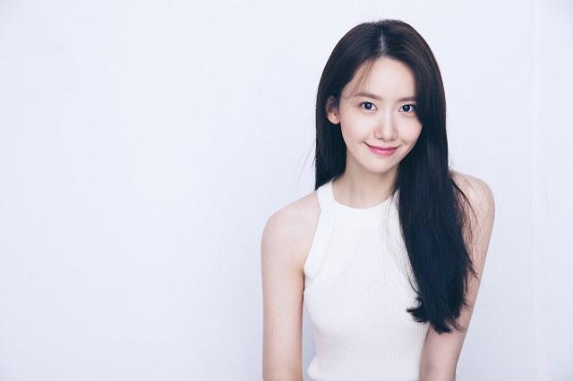 임윤아는 영화 기적에서 준경의 자칭 뮤즈 라희 역을 맡아 사랑스러운 매력의 여고생을 연기했다. /SM엔터테인먼트 제공