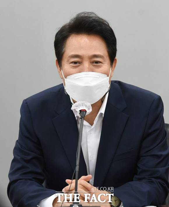 오세훈 서울시장이 폭력예방 통합교육에 참석해 인식 변화를 강조했다. /남윤호 기자