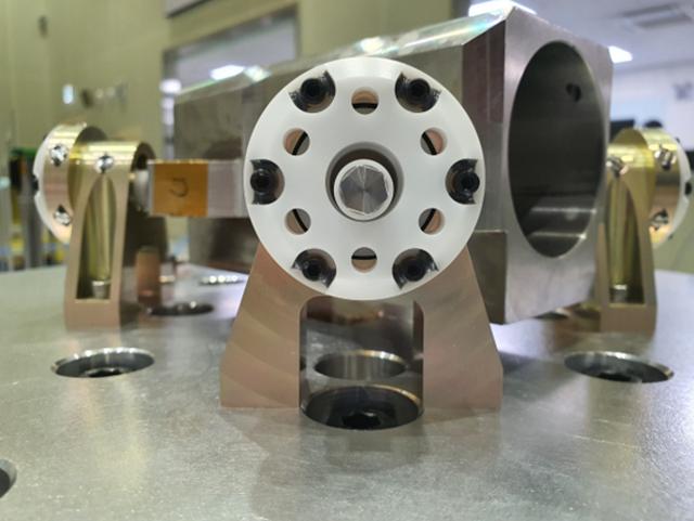 한화시스템, 독일에 위성 떨림 잡는 '진동저감장치' 수출
