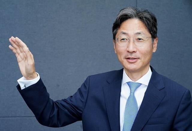 14일 한국거래소에 따르면 전날 케이카는 시초가 대비 500원(+2.22%) 상승한 2만3000원에 거래를 마쳤다. 사진은 정인국 케이카 대표이사. /케이카 제공