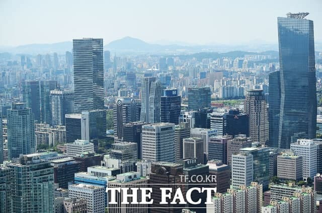수도권·지방 아파트값 오름세 둔화…'대출 규제 영향'