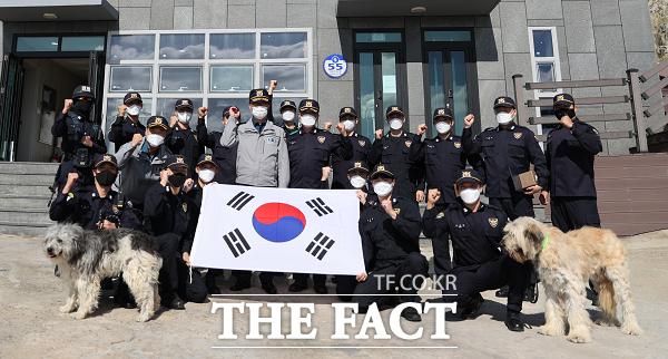 경북경찰, 독도서 경찰의 날 기념 행사...어선사고 인근 지역 아쉬움