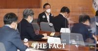 김부겸 총리, '단계적 일상회복 서서히 다가서고 있다' [TF사진관]
