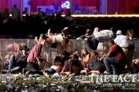 [TF포토] 라스베이거스 총격사건 '아비규환 현장'