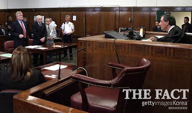 성폭행 혐의로 재판을 받고 있는 스트로스칸 IMF 전 총재. /게티이미지코리아