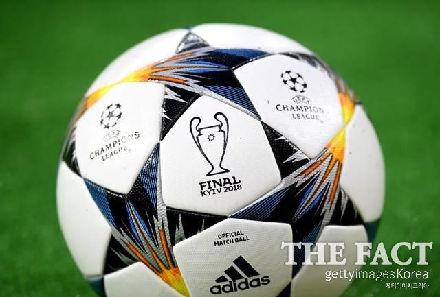 2018 챔피언스리그 우승팀은 누구? 레알 마드리드와 리버풀 FC가 27일 오전 3시 45분 우크라이나 키예프에서 챔피언스리그 우승컵을 놓고 격돌한다. /키예프(우크라이나)=게티이미지