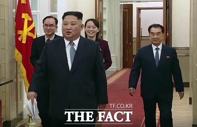 김정은 북한 국무위원장이 개성공단 재개 의지를 담은 신년사를 발표하면서 남북 경협종목의 향방에도 관심이 집중되고 있다. /뉴시스