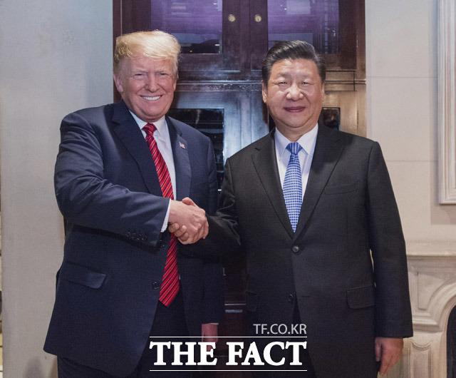 미중 무역갈등이 한국 외교에 미칠 영향에 관심이 쏠리고 있다. 도널드 트럼프 미국 대통령과 시진핑 중국 주석. /뉴시스