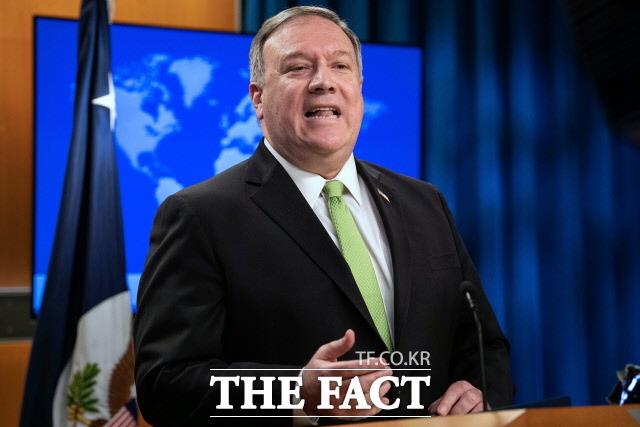 북한 외무성이 마이크 폼페이오 미국 국무장관의 남중국해 관련 발언을 놓고 비판했다. 폼페이오 장관이 워싱턴D.C. 소재 국무부 청사에서 기자회견에서 이야기를 하고 있는 모습. /워싱턴=AP·뉴시스