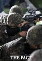 캐디 머리에 박힌 총알…알고보니 군부대 사격장 유탄