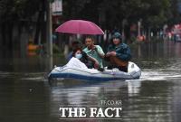 [TF사진관] '역대급 폭우, 일본에 이어 중국도 물난리'